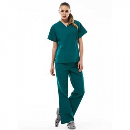 Ladies-Scrubs_h10622_h10620_worn